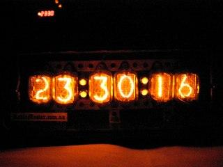 Часы на газоразрядных индикаторах.