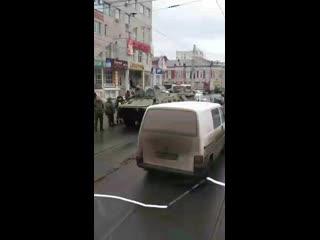 ДТП с БТР на Красной Армии в Курске