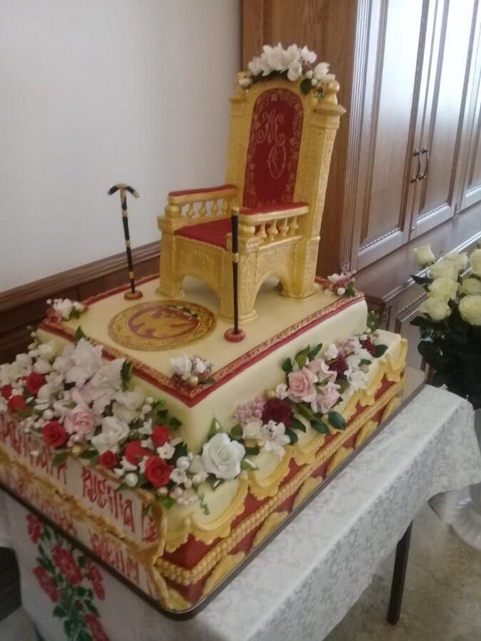 ?Тортик для Онуфрия, митрополита Киевского и всея Украины В миру Березовский Орест Владимирович)?