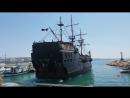 Корабль пираты рулят