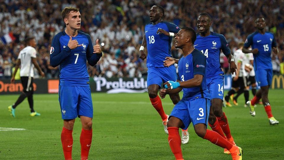 Франция обыгрывает Германию и выходит в финал Евро 2016