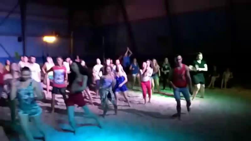 пляжная вечеринка!! танцуем до 5 утра!