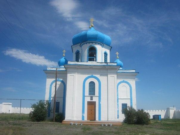 Церковь внутри Наследницкой крепости