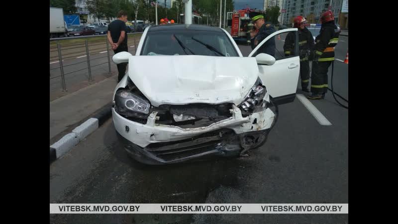Россиянка избила женщину в церкви после чего устроила ДТП с 4 машинами в центре Витебска