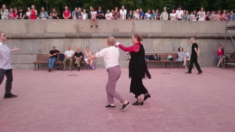 Самба Open air Бальные танцы Парк Горького Москва 21 07 18