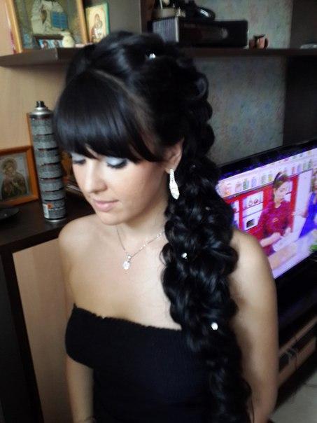 вечерние прически с прямыми волосами фото