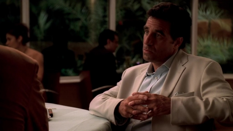 Клан Сопрано S04E11 12 Тони приехал в Майями к Бинзи Гаэта для разговора с Кармайном младшим