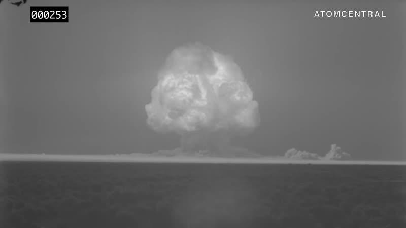 Первый взрыв ядерной бомбы показали на отреставрированной киносъемке. HD 1080p