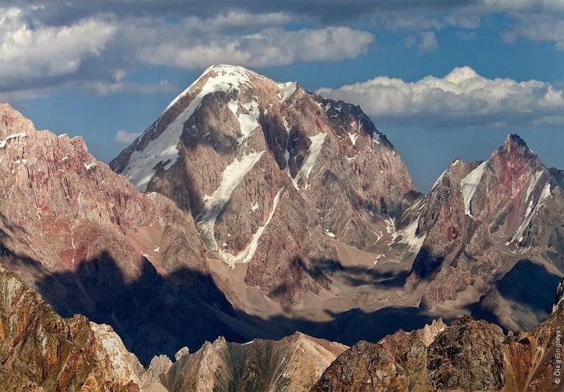Фанские горы  «Долго пытался понять, почему меня тянет снова и снова в горы, не успев распаковать рюкзак с предыдущего похода.