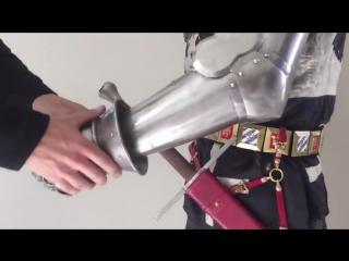 Как одевали рыцарей в доспехи - полная амуниция воина XIV века