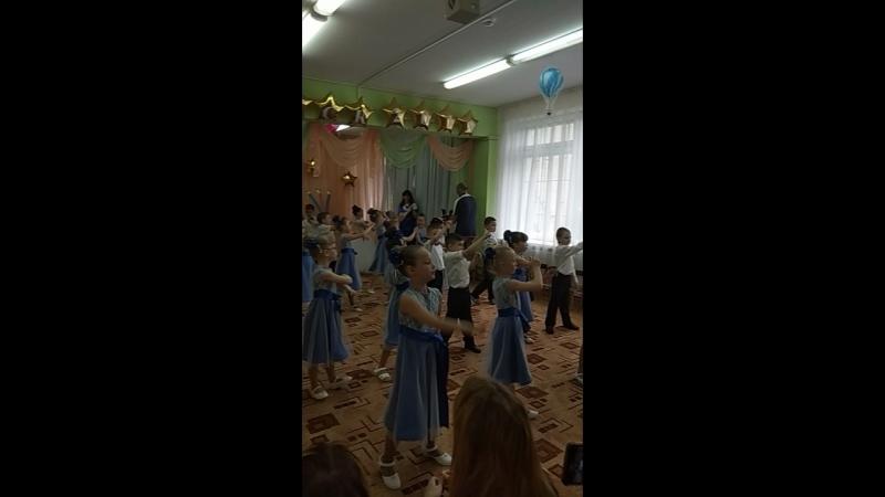 Флешмоб на выпускном детского сада