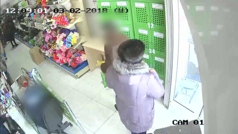 Житель Канска опустошал камеры хранения в супермаркете