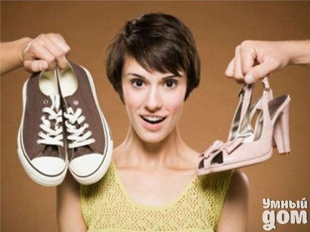 Устранение запаха пота в обуви простыми подручными средствами: 1. Пищевая сода поможет справится с устранением неприятных запахов в обуви. Для этого необходимо содой обсыпать внутреннюю поверхность ботинок или туфлей, а по истечении нескольких часов пищевую соду просто нужно вытряхнуть в мусорное ведро. Сода эффективно справляется и с устранением запахов в холодильнике. 2. Эффективным способом является также обработка внутренней поверхности обуви нашатырем или перекисью водорода. Помимо этого,…