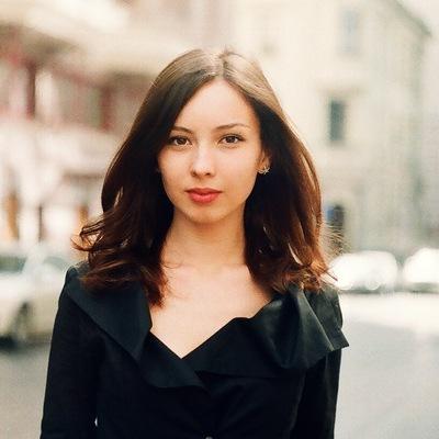Оля Чернова