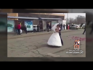 Свадебный скандал. Ссора жениха и невесты в день свадьбы. Жесть!