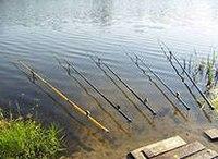 Как известно, ловля поплавочной удочкой очень древний способ добычи рыбы...