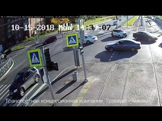 Дтп с мото  на перекрестке ул. Ленская и пр. Наставников