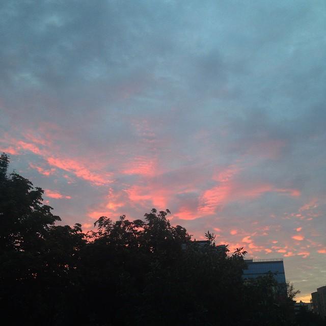 QkjMNTAdQ30 - Сегодня случилась осень