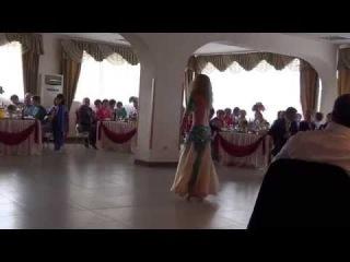 Выступление талантливой танцовщицы восточных и бразильских танцев 26.07.14г. на свадьбе в г.Туймазы. Рекомендую )