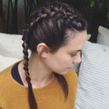 CHRISTINE SYMONDS on Instagram One of the biggest hair trends this summer the boxer braid! I love this style paired with a deep lip color. Pro ...