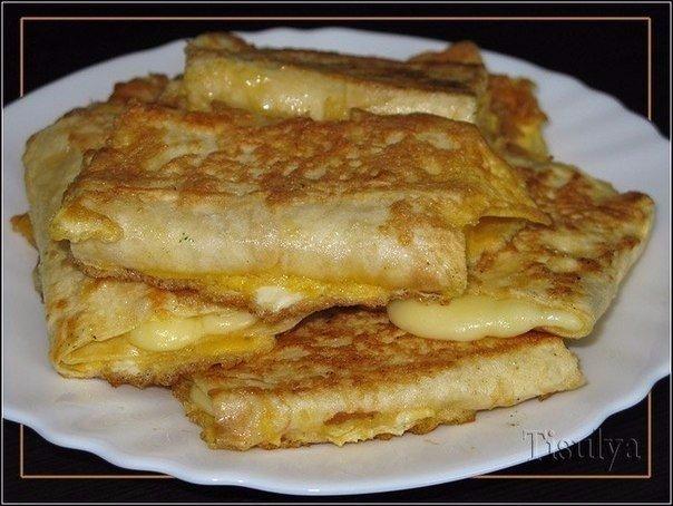 Готовим лаваш с сыром в яйце. Завтрак за 5 минут!