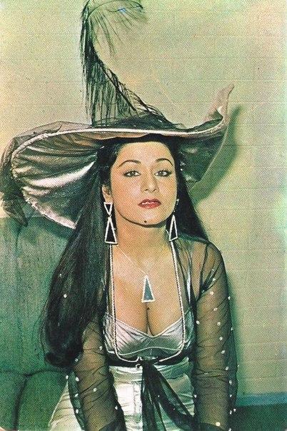Аруна Ирани  MpdpJ9D8ZBQ