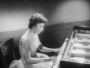 Bella Davidovich plays Chopin Grande valse brillante - video