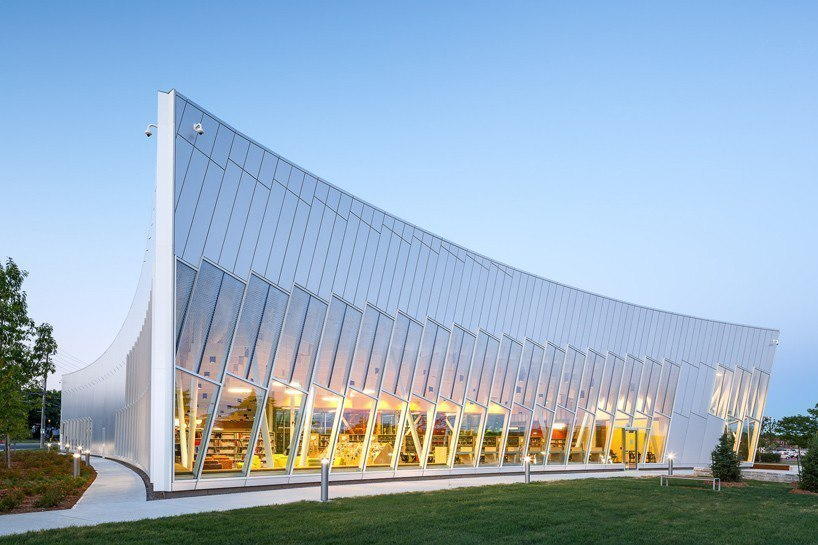 Vaughan civic centre resource library in Toronto by ZAS architects