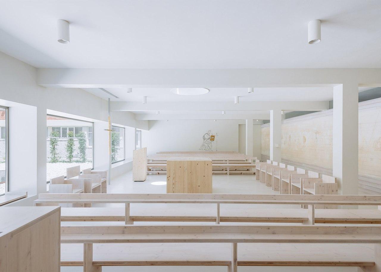 Минимализм сейчас в моде как среди архитекторов, так и среди дизайнеров интерьеров.
