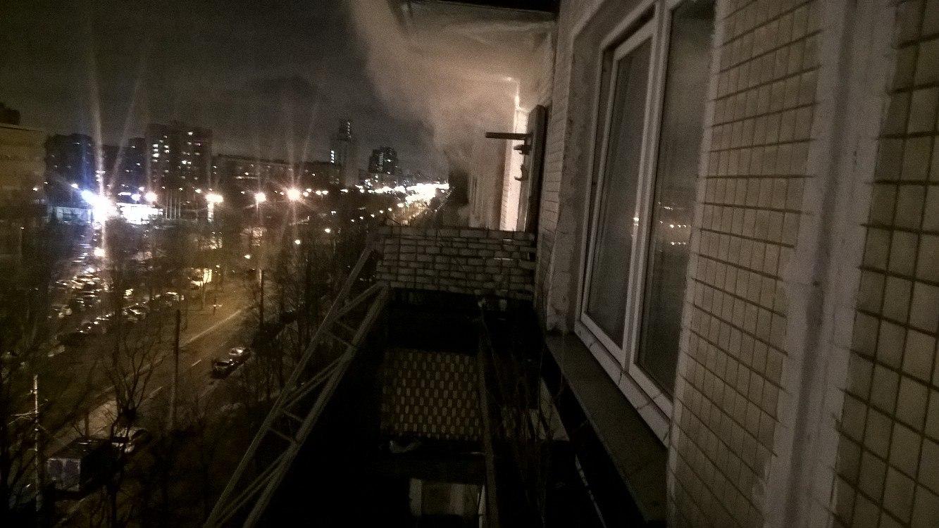 ВУфе впожаре вжилом доме эвакуировали 14 человек