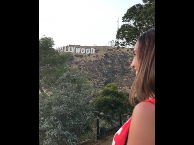 Ольга Бузова встречает закат на Голливудских холмах в Лос-Анджелесе