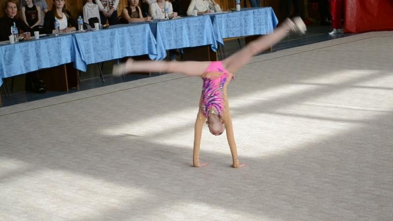 Выступление чепецкой гимнастки на
