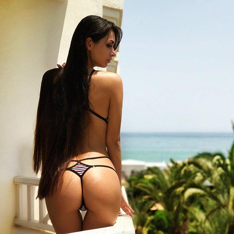 Skankty tgirl Likes Tattoo And Hard Sex