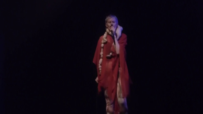Jenny Hval - Period PieceSecret Touch (GNRation, Braga, 29 Abril 2017)