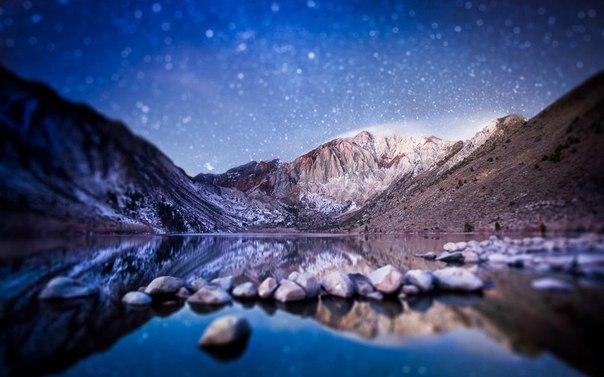 Ночное небо над горами