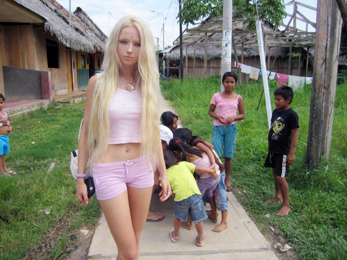 Фото пизды деревенской девочки 13 фотография