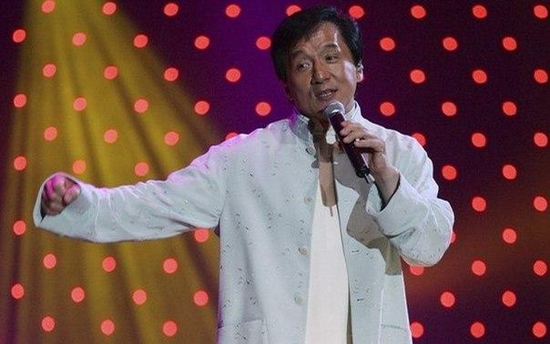 Вы знали, что Джеки Чан хорошо поет? С 1984 года он выпустил более 20 альбомов с...