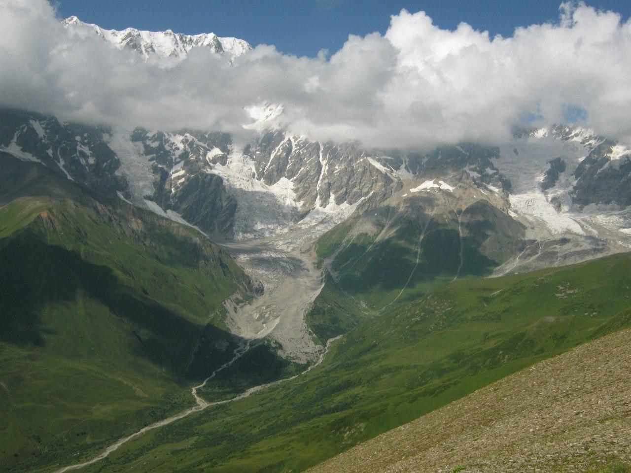 Горы около Ушгули