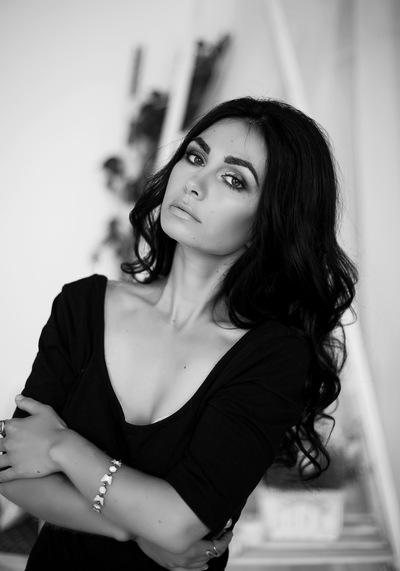 Анна Боня