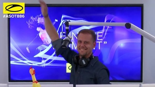 Omnia feat. Danyka Nadeau - For You (played by Armin van Buuren @ ASOT 886)