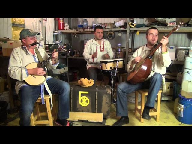 Жёлтый Бэнд - Жёлтолабайка (концертик в гараже 2014)