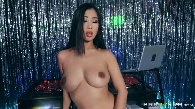 Brazzers porn hd. The DJ is DTF Jade Kush Alex Legend Baby Got Boobs 18.01.2019 (Asiat, Small Ass, Blowjob, Big dick)