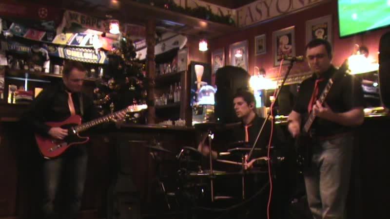 Три Карася в Morrigan Pub