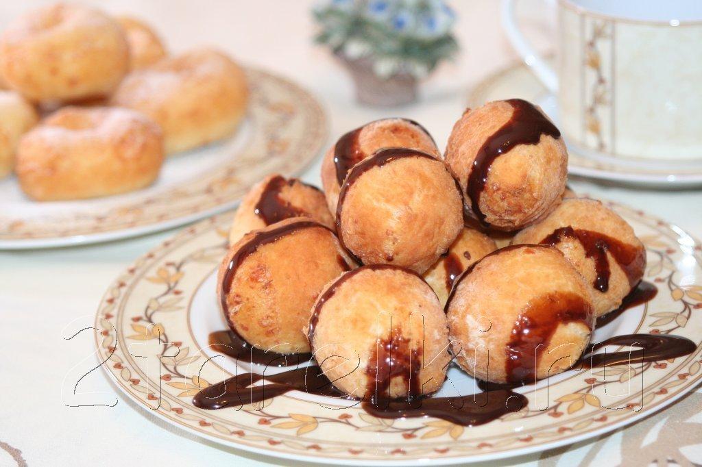 Творожные шарики и пончики Очень вкусный десерт! Ингредиенты: на 360-400
