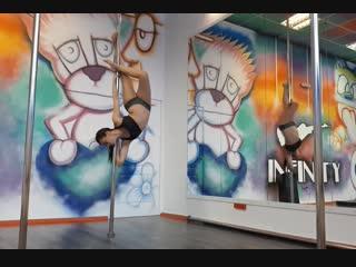 Pole dance. Yulia Infinity
