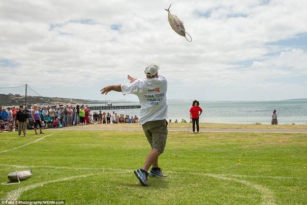 А вы знаете, что в Австралии ежегодно проходит чемпионат по метанию тунца