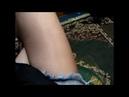 Legs in thin pantyhose and baby oil Kilotlu çorap ve yağlı bacaklar