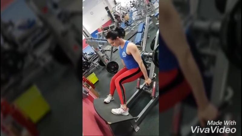 тренировка ног powerhouse Gym