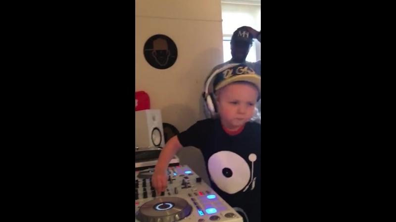 Archie MC Neat - promo UKG