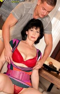 Порно мать и сын вконтакте